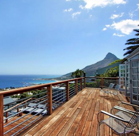 la Baia view on Lions Head and Camps Bay