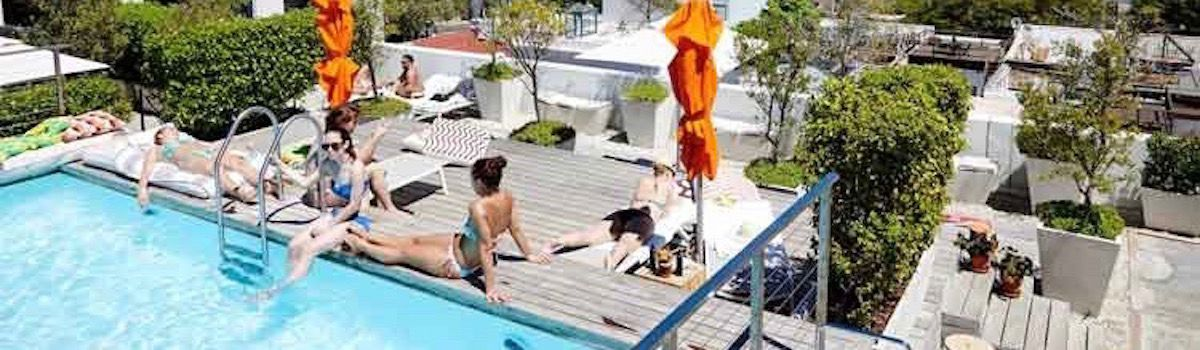 Batstone pool rooftop bar luxurious villa rental la Baia Camps Bay
