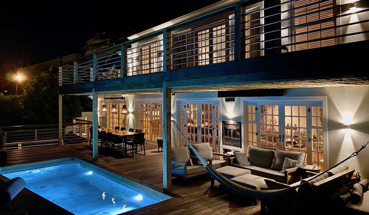 Camps Bay luxurious villa rental Cape Town