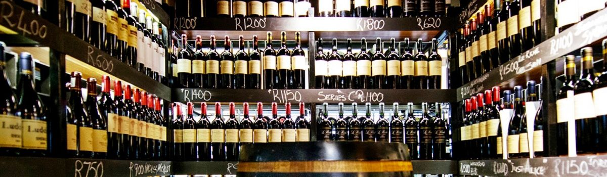 Shop for wine and drink in la Baia Camps Bay