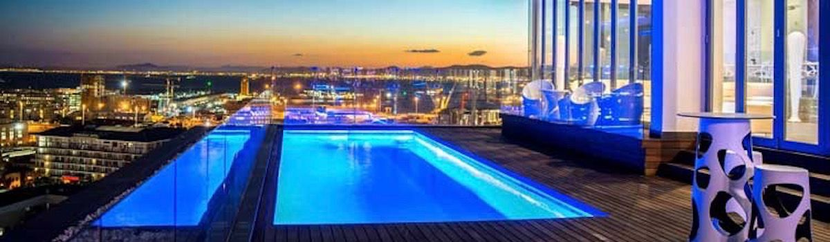 The Vue rooftop bar Cape Town la Baia luxurious villa rental in Camps Bay