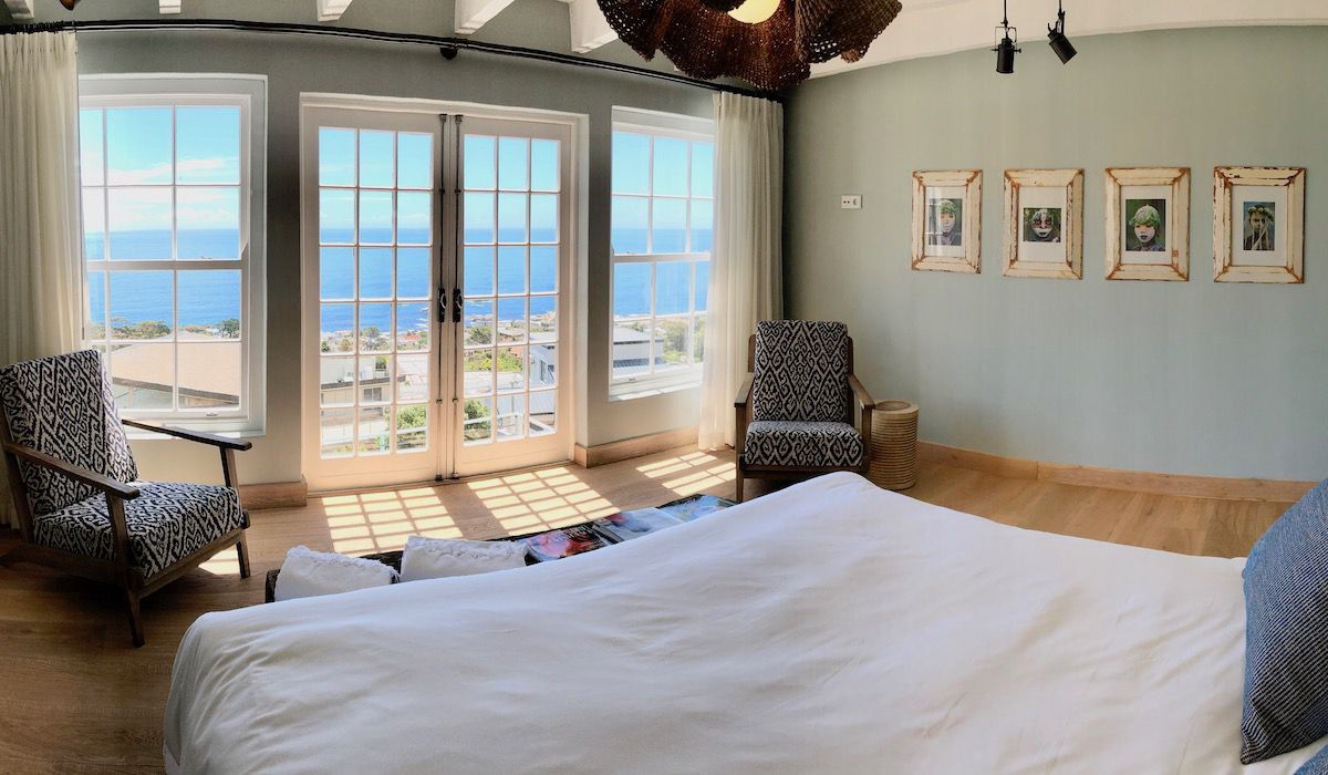 la Baia bedroom A luxurious villa rental in Cape Town