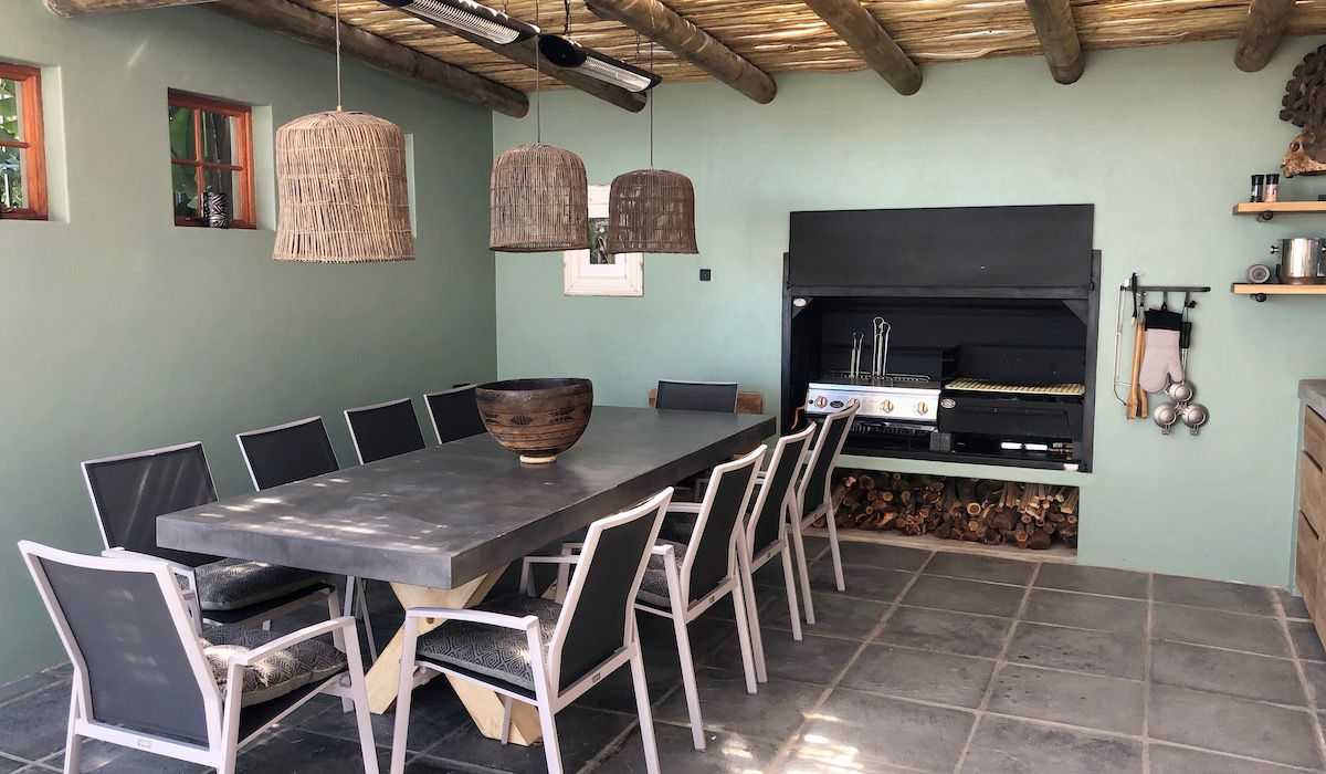 la Baia braai at Camps Bay rental homes